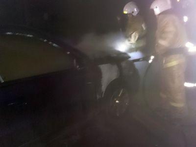 Учереповецкого предпринимателя вслед замагазином сожгли «Фольксваген»
