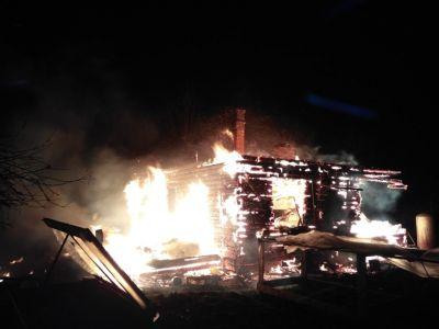 Впроцессе пожара умер 83-летний гражданин Череповецкого района