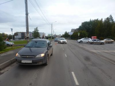 Женщина-водитель сбила школьника напешеходном переходе вВологде