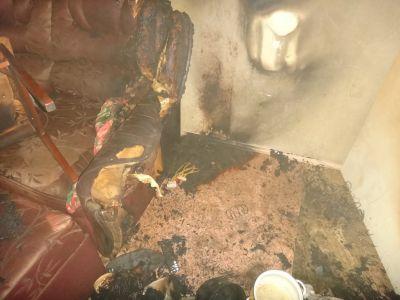 Впятиэтажке Череповца сгорел 78-летний хозяин квартиры