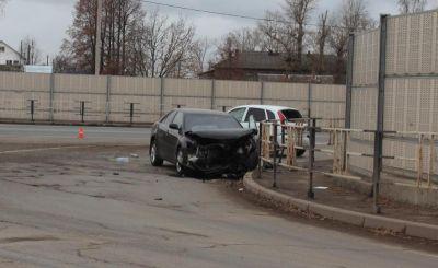 4 человека разбились при столкновении Тойоты иКалины вВологде