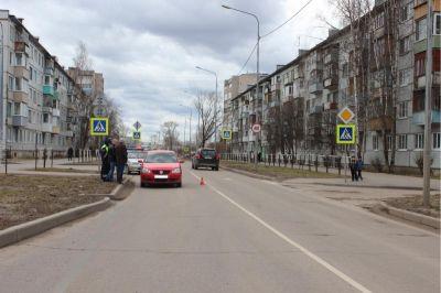 ВВологде напешеходном переходе под колеса автомобиля попал 4-летний парень