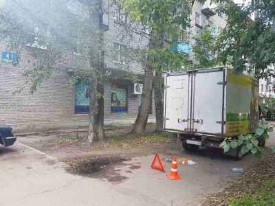 Фото ДТП в Череповце: 71-летняя пенсионерка оказалась под колёсами «Газели»